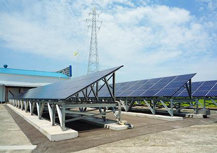太陽光パネルを本社敷地内に設置|丸高木材マルタカハウスの家